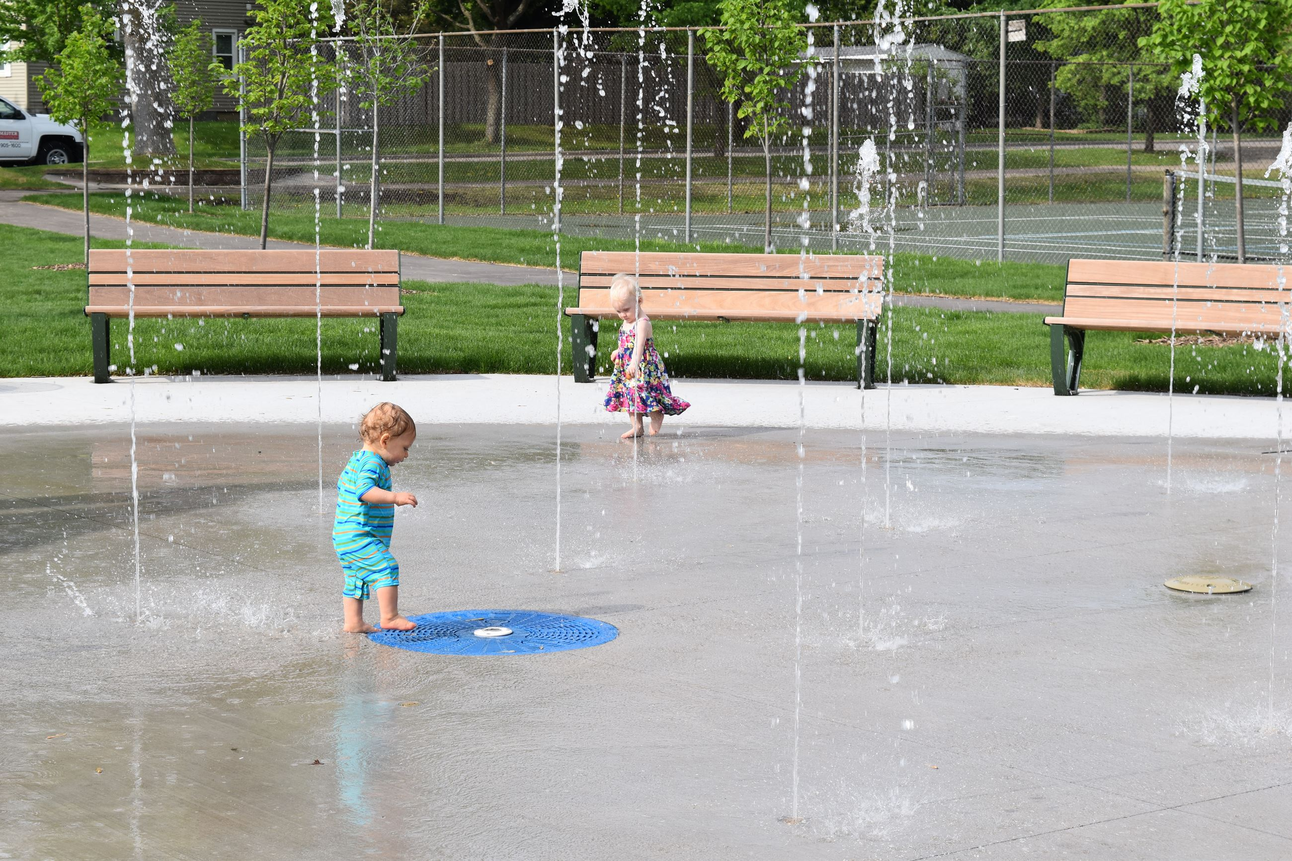 Kids Playing in Burnes Park Splash Pad